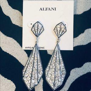 NWT Alfani earrings